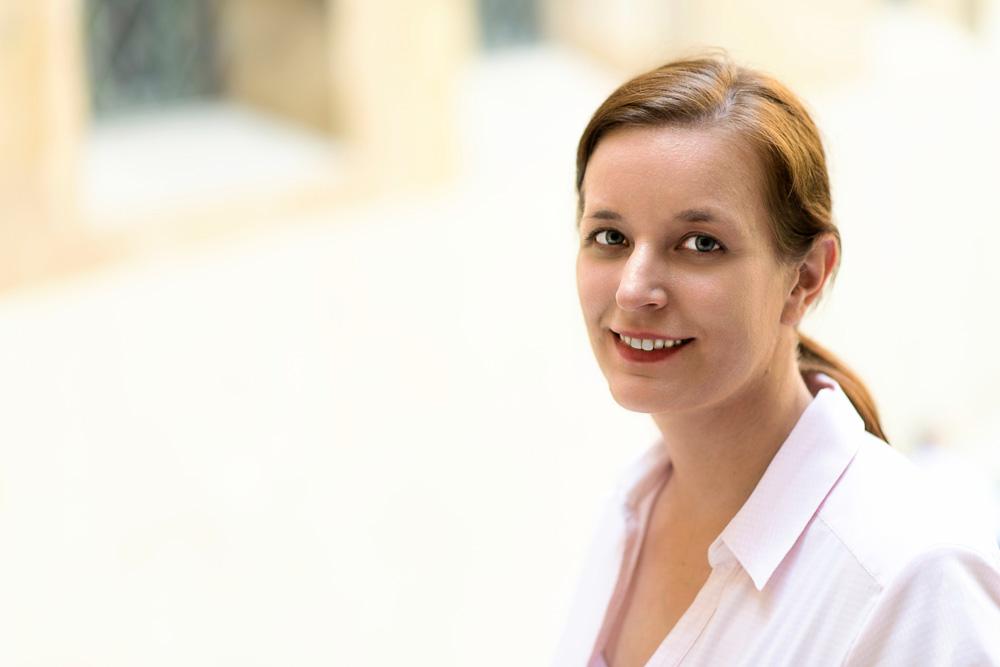 Kristina Schwarzer (Dipl.-Buchw.)